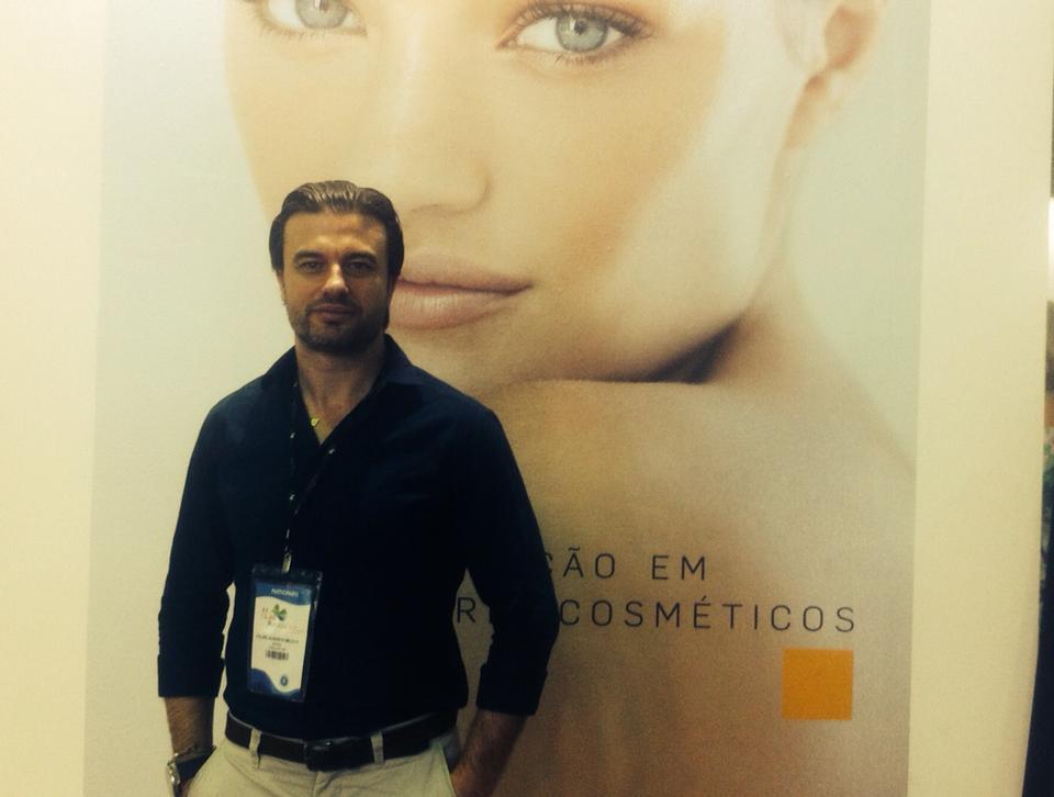 Após participar do XX CILAD (Congresso Iberolatinoamericano de Dermatologia) na cidade do Rio de Janeiro dos dias 14 a 18 de novembro de 2014- 2